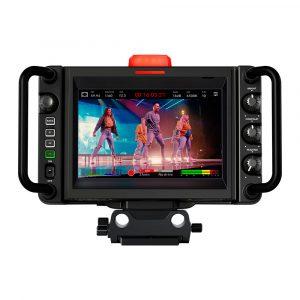Blackmagic-design-studio-camera-4k-plus-002